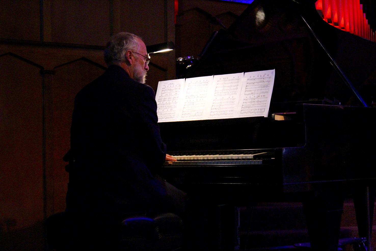 Napa Methodist Church Worship music with Harold Julander